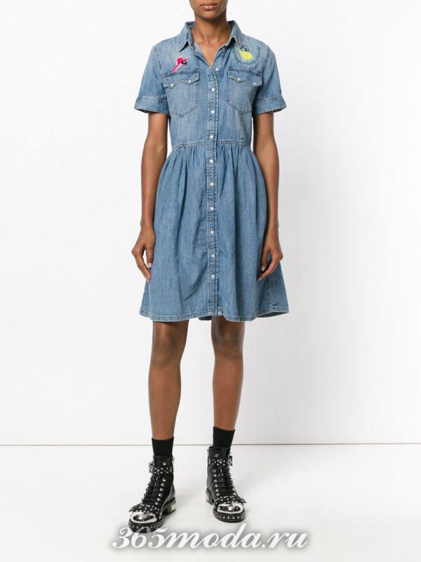джинсовое платье-рубашка на пуговицах