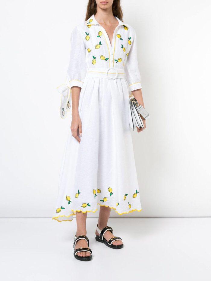 белое платье-рубашка с вышивкой