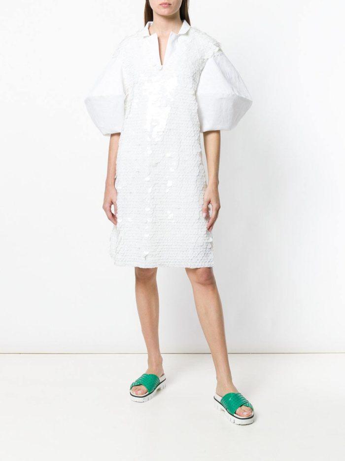 блестящее платье-рубашка с пышными рукавами