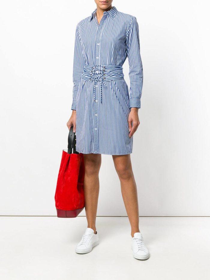 синее короткое платье-рубашка с поясом