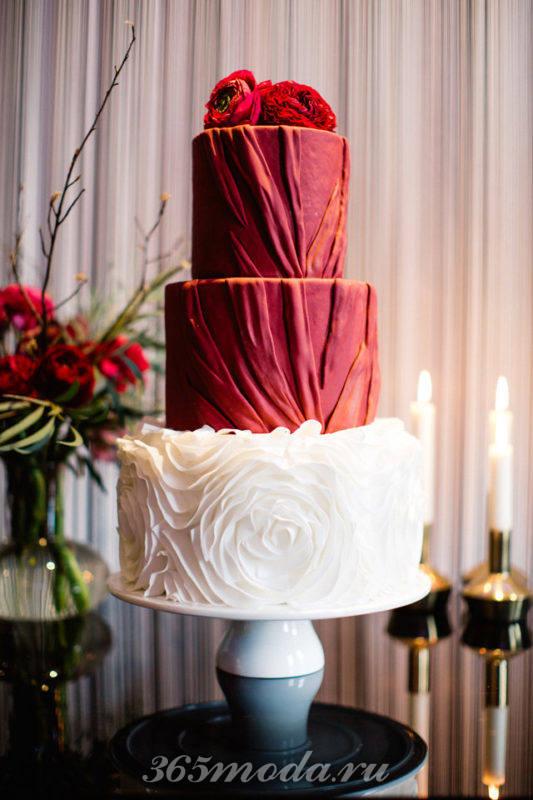 свадебный торт из двух цветов