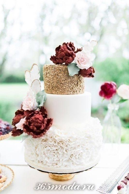 двухцветный свадебный торт марсала