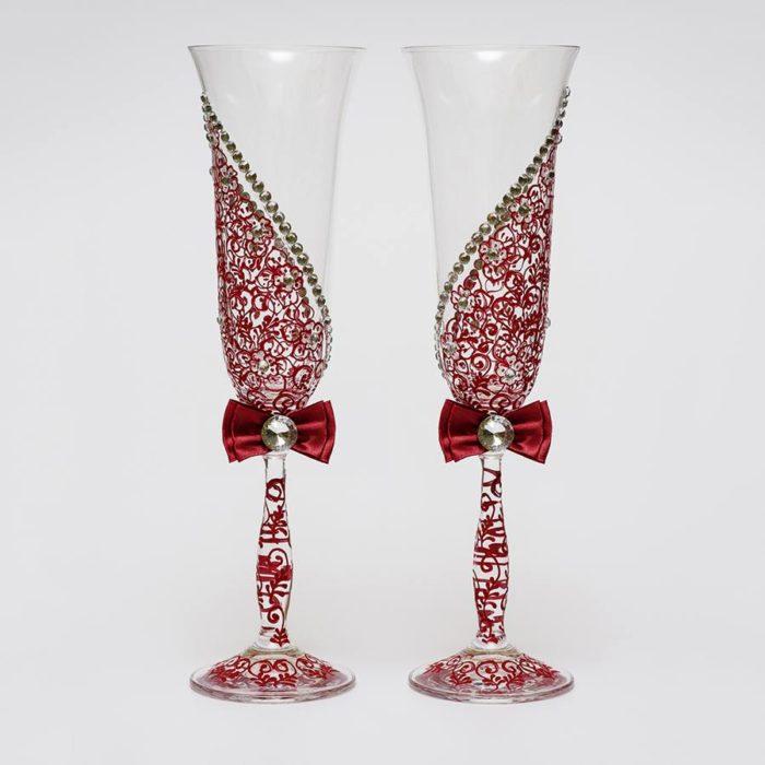 свадебные бокалы с кружевом марсала