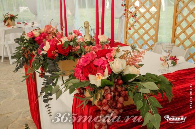 цветочное украшение айвори марсала
