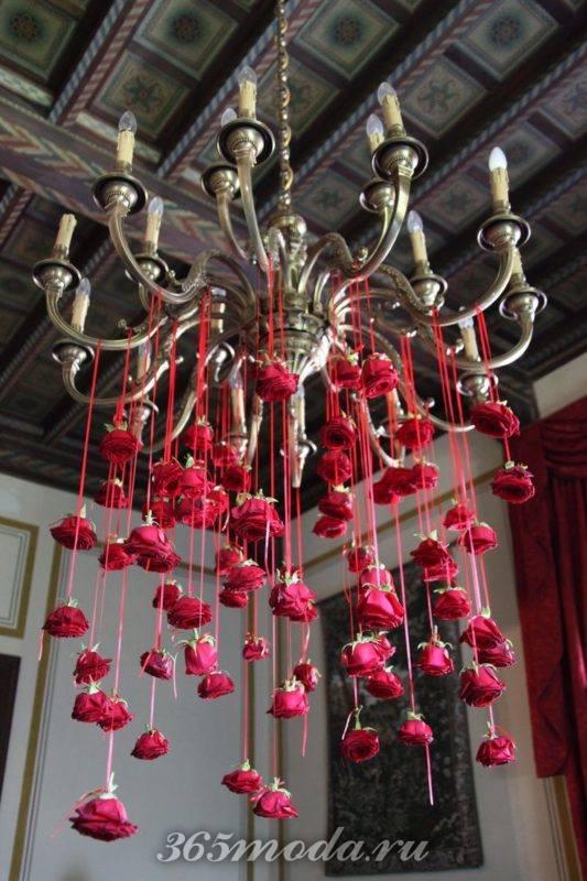 цветочные украшения свадьбы марсала