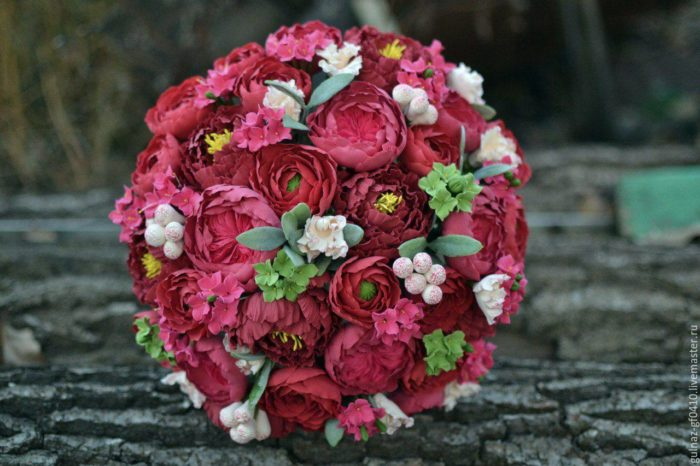 свадьба марсала букет цветов