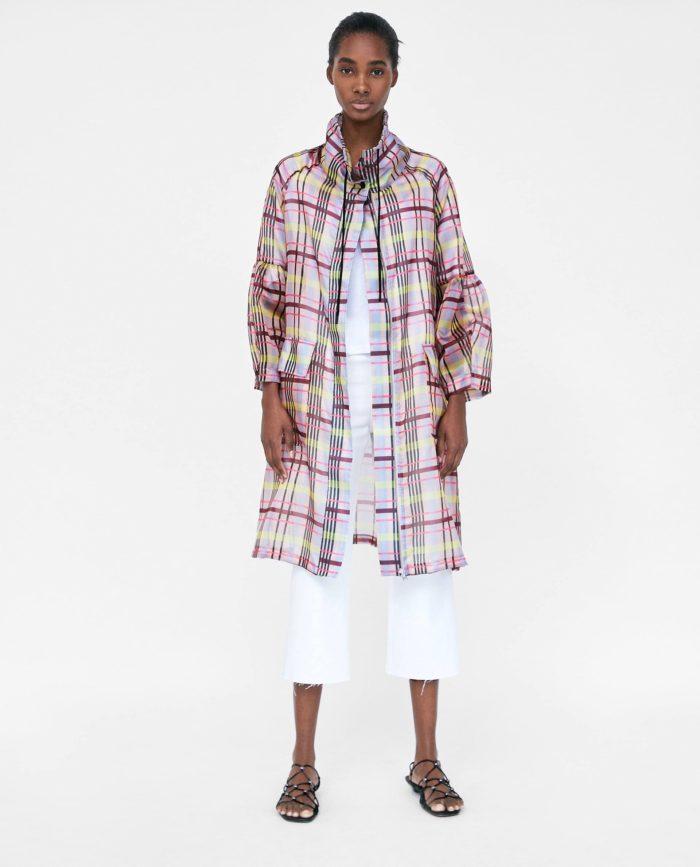 мода 2019-2020 года в женской одежде: клетчатое пальто