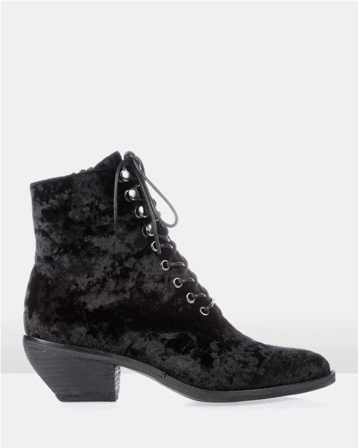 бархатные черные ботинки на шнурках